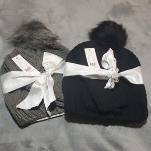 NY&Co hat and fingerless glove set